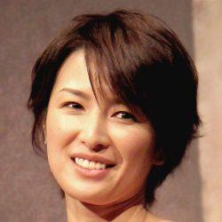 今年2月に俳優の木村了と再々婚...