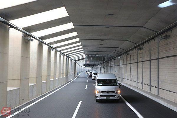 トンネル あつ 森